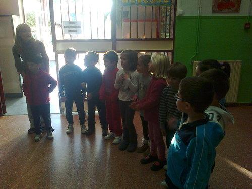 grupo de niños de 6-7 años